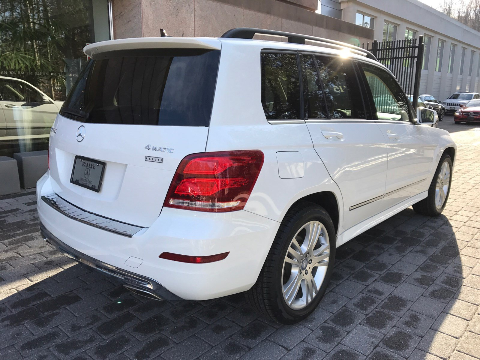 Certified pre owned 2015 mercedes benz glk glk 350 sport for Mercedes benz roslyn