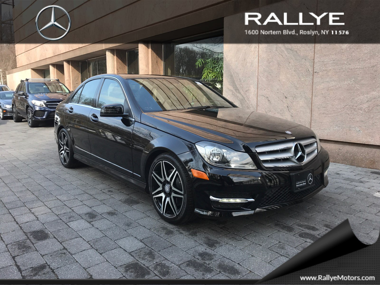 Pre owned 2013 mercedes benz c class c300 sport 4dr car in for Mercedes benz roslyn